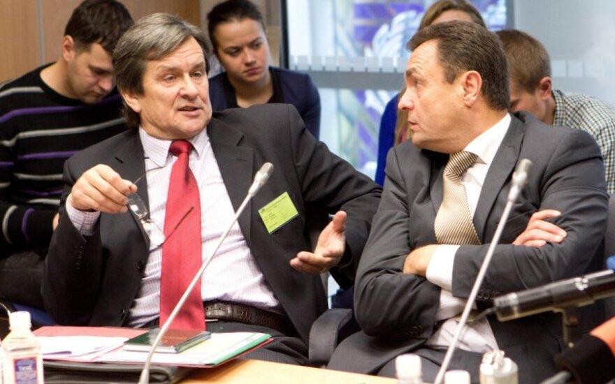 Advokatas Rimas Andrikis ir Petras Gražulis