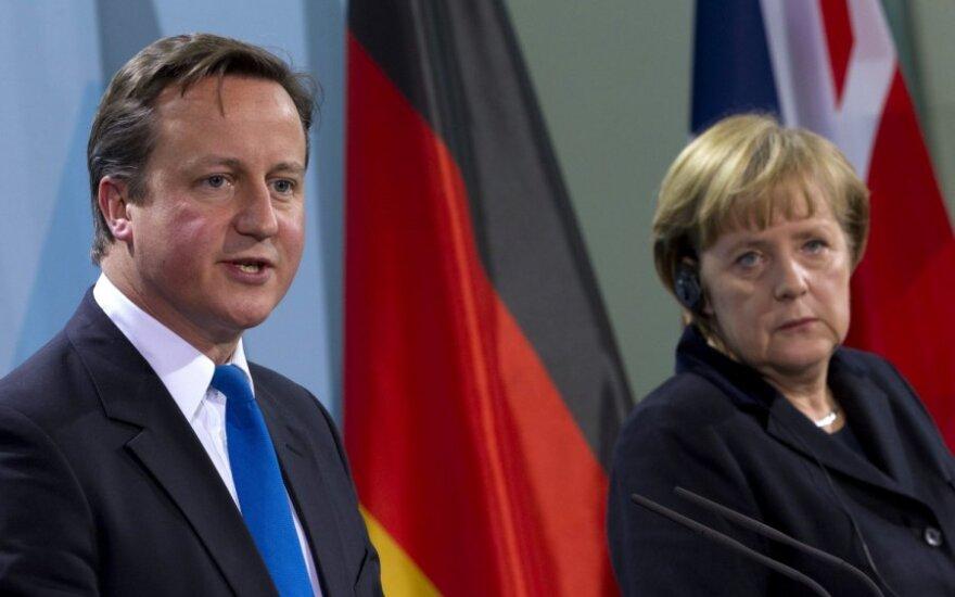 Davidas Cameronas ir Angela Merkel