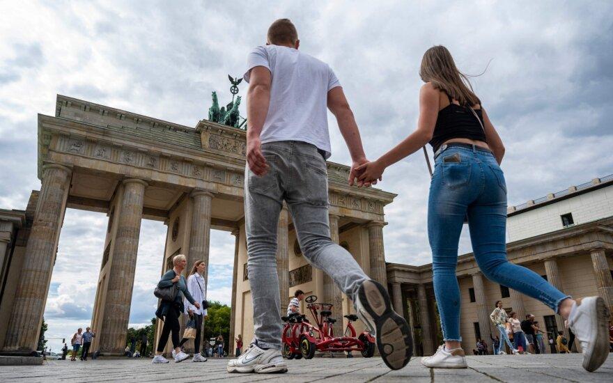 В Германии максимальный прирост заражений SARS-CoV-2 за 5 месяцев