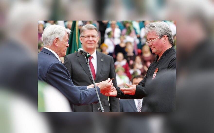 Руководители Латвии и Эстонии поздравляли литовцев по-литовски
