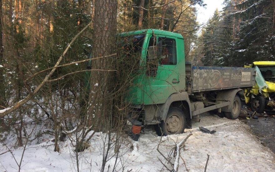 На окраине Вильнюса в ДТП пострадали два человека