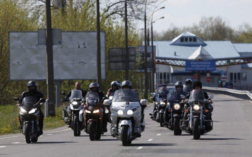 Литовские пограничники не пропустили российских байкеров
