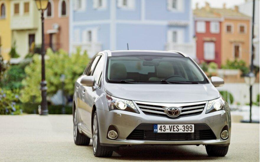 В Латвии и Эстонии рынок новых авто растет, в Литве – уменьшается