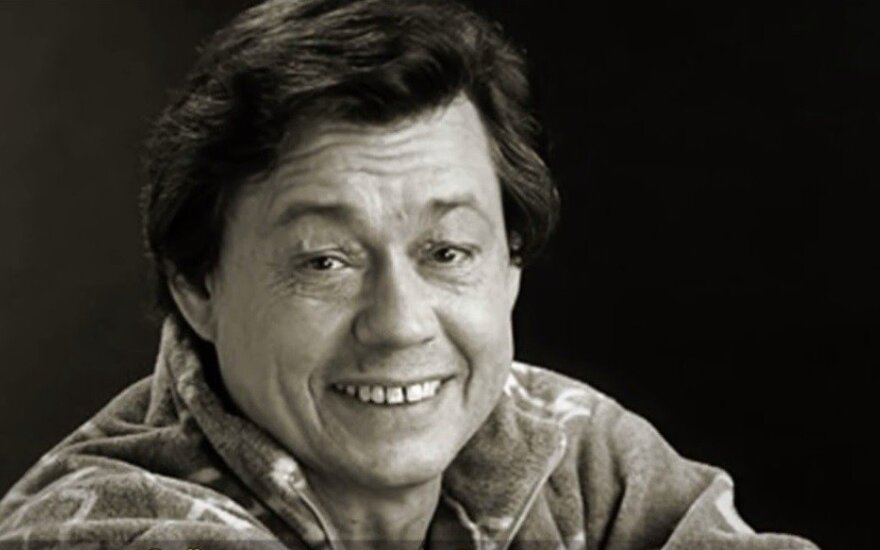 """""""Ты меня никогда не забудешь..."""": за день до 74-летия в больнице скончался актер Николай Караченцов"""