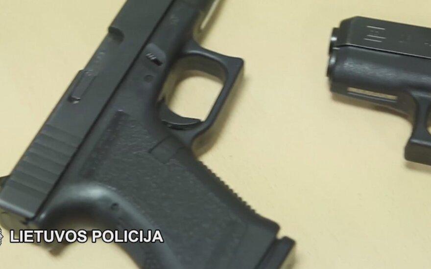 В Вильнюсе задержаны мужчины с наркотиками и огнестрельным оружием