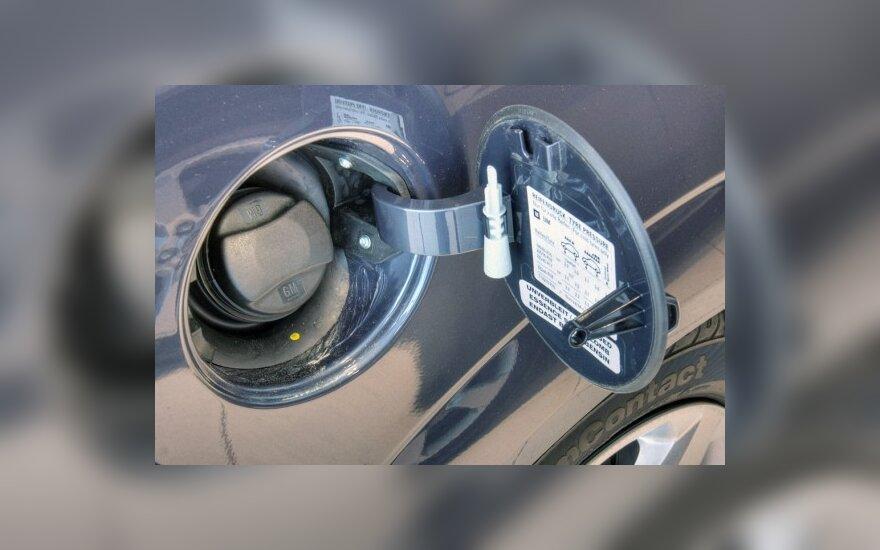 Решили снизить акциз – подорожало дизельное топливо