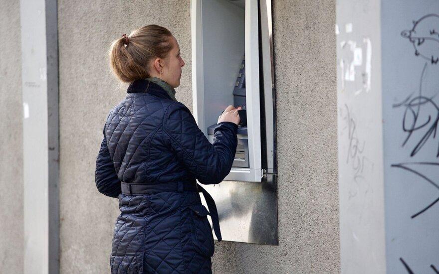 Банк Luminor внедряет сеть своих банкоматов