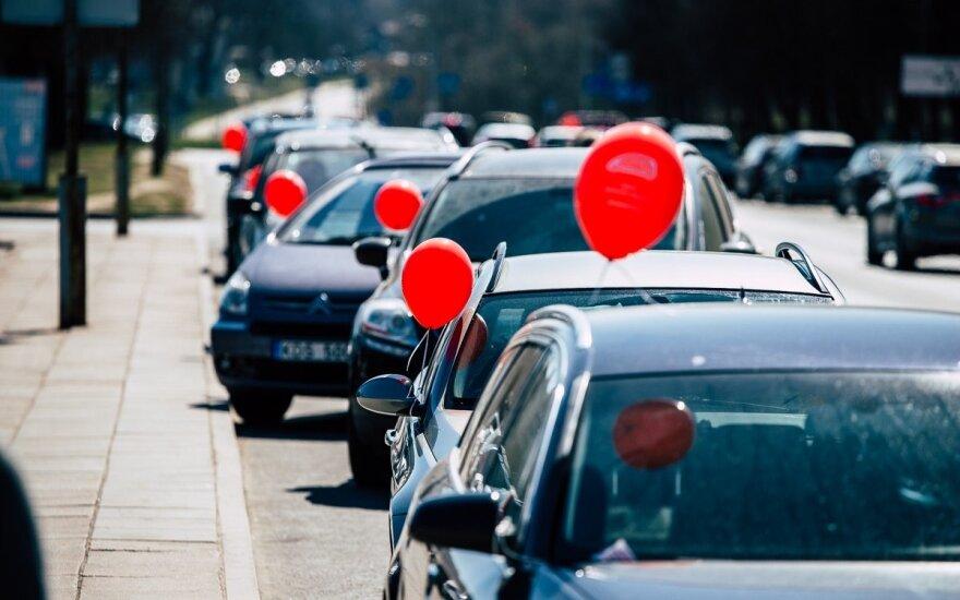 Prie Santaros klinikų keičiasi automobilių stovėjimo tvarka