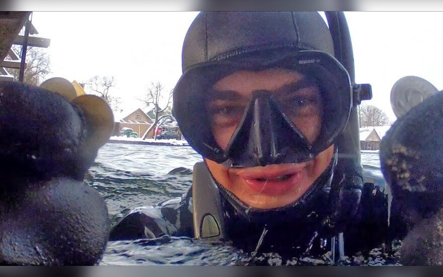 Akimirkos iš Galvės ežero valymo/  Andrej Beschmelnov nuotr.