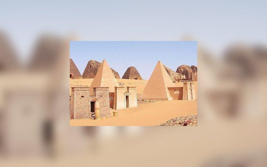 Пирамиды Мероэ в Судане.Fabrizio Demartis