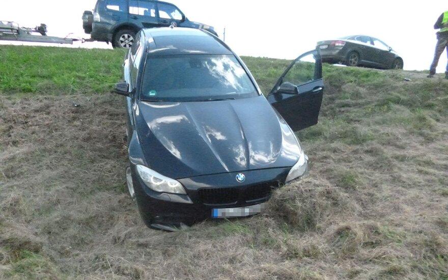 Каунасец на угнанном BMW пытался бежать от пограничников