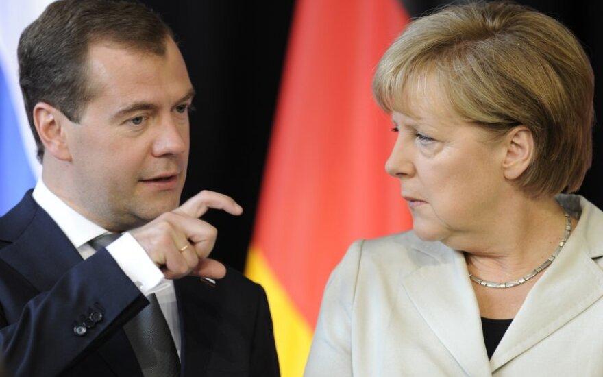 D.Medvedevas ir A.Merkel