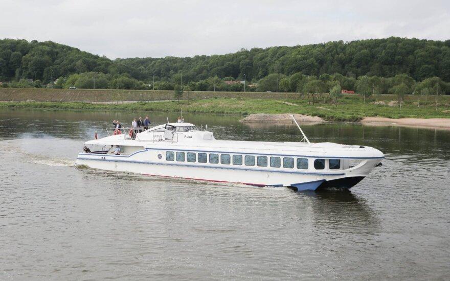 Исторический день: из Каунаса в Ниду впервые вышло легендарное судно Raketa