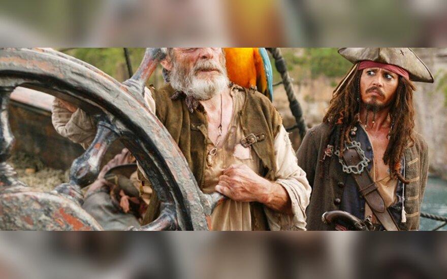 Пираты Карибского моря высадятся в Каннах