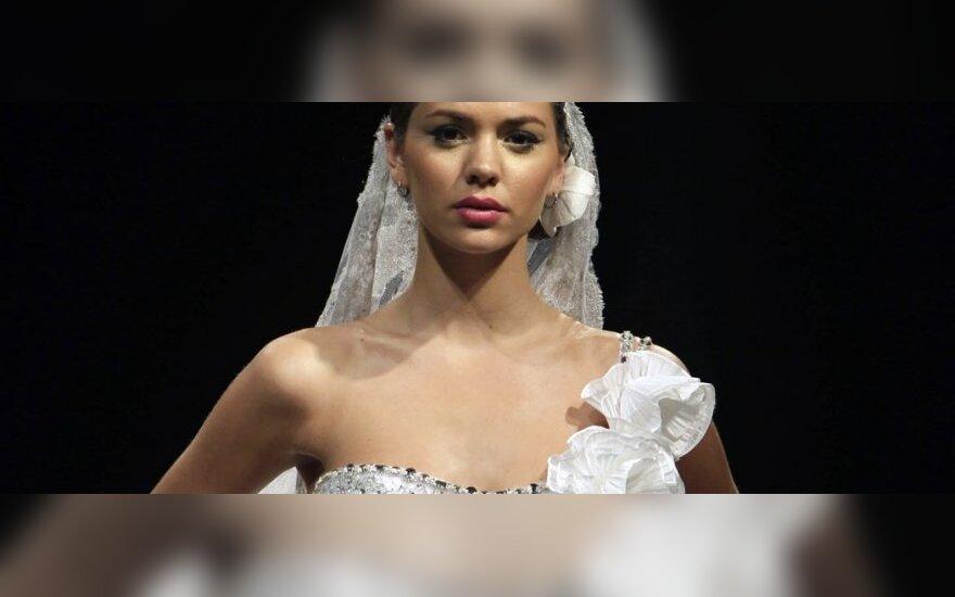 Ассиметрия – хит свадебных платьев