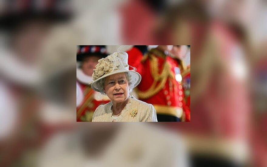 Karalienė Elžbieta II_30