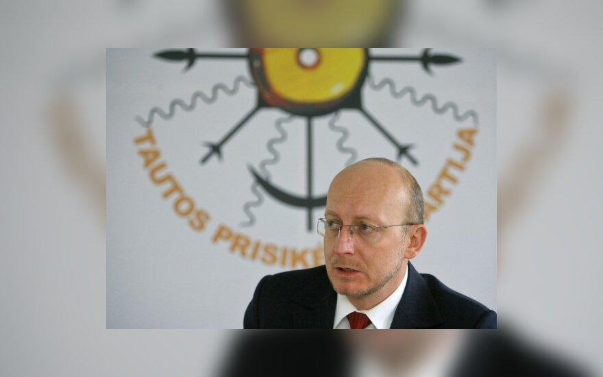 Жалобу А.Валинскаса суд передал в Генпрокуратуру