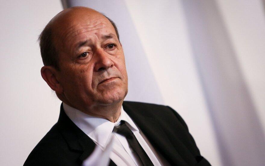 """Глава МИД Франции отверг """"уроки от диктатора"""" Кадырова"""