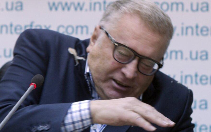 Жириновского на Украине забросали квашеной капустой