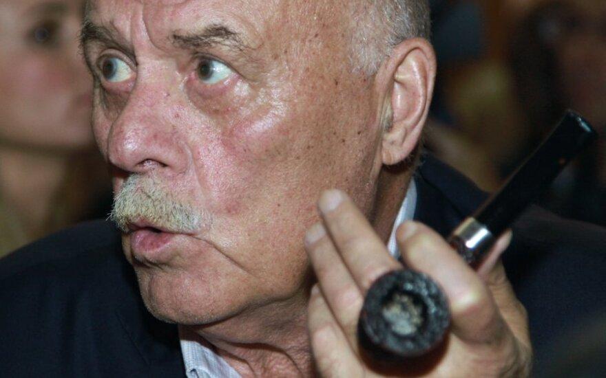 Говорухин предложил сажать в тюрьму за осквернение объектов культуры