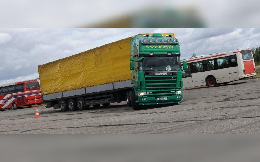 Tolimųjų reisų krovininių automobilių ir tarpmiestinių autobusų vairuotojų konkursas