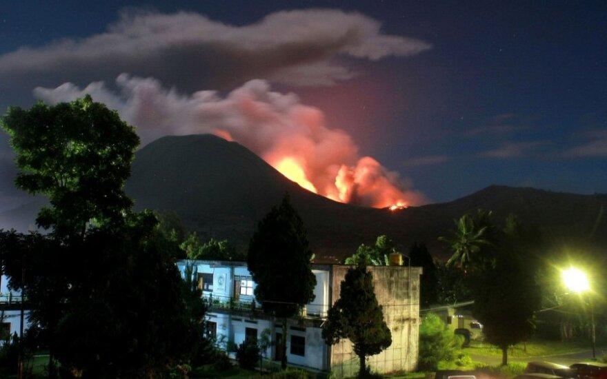 Lokono ugnikalnis Indonezijoje