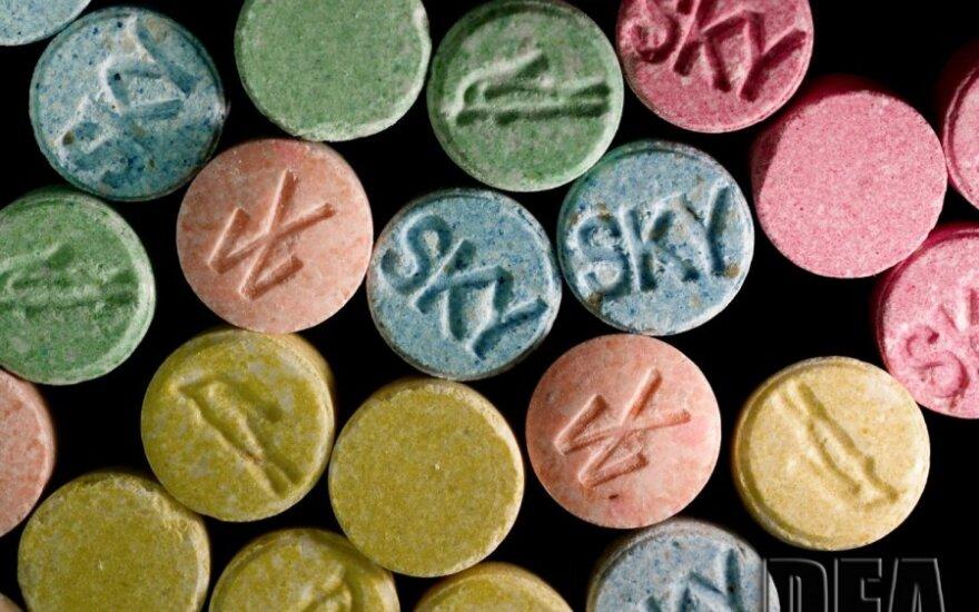 Narkotyki o wartości 3 mln litów w aucie Litwina. Jechał z Holandii, wpadł w Polsce