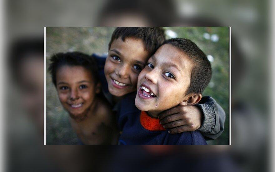 Нетерпимость: цыганские дети учатся в отдельном классе 3Ч