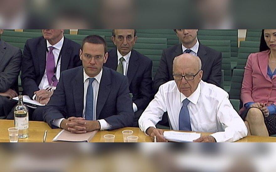 R.Murdochas ir J.Murdochas