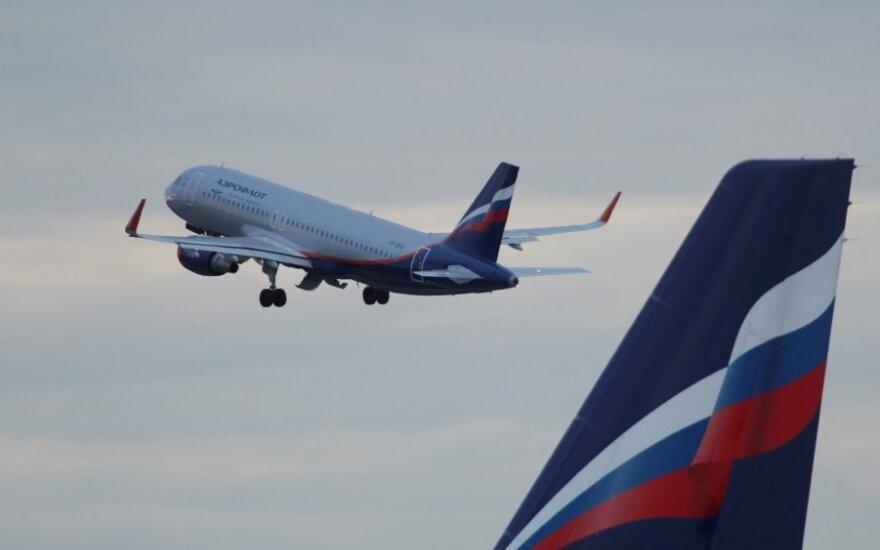 """Aeroflot"" Airbus A320 lėktuvas kyla iš Šeremetjevo oro uosto Maskvoje"