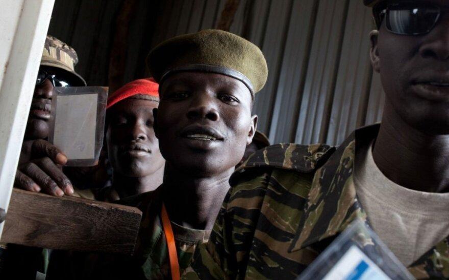Pietų Sudane balsuojama dėl atsiskyrimo nuo šalies šiaurės