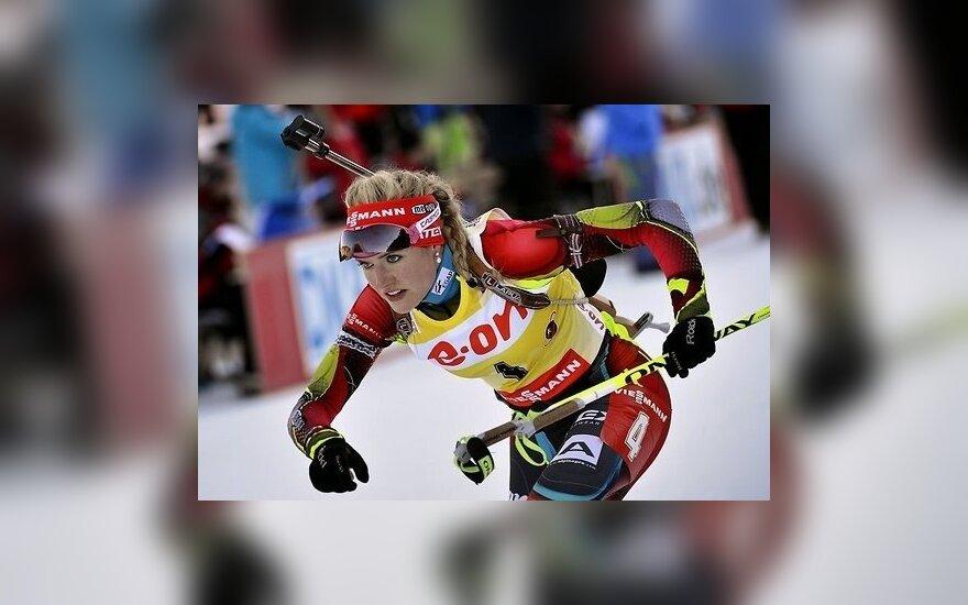 Кубок мира по биатлону: чешка и норвежец не отдали лидерства