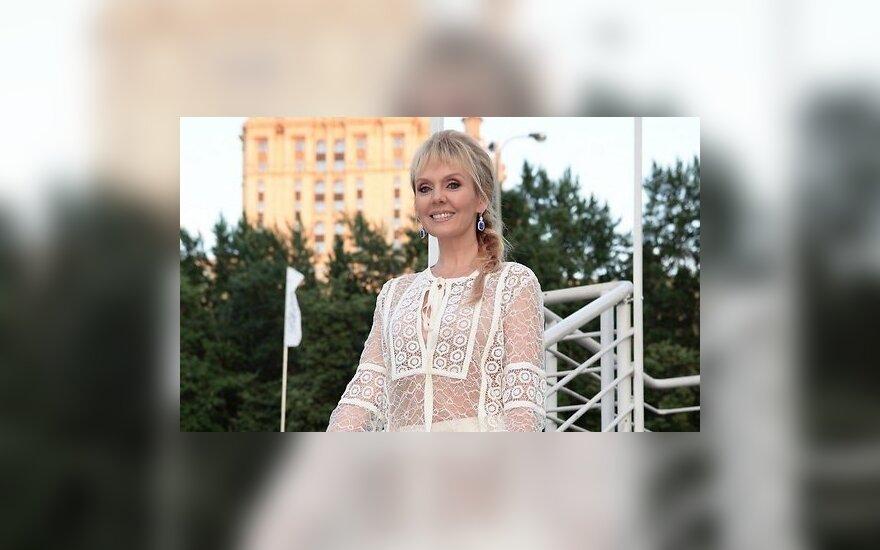 """Валерию раскритиковали за обнаженные кадры со звездой фильма """"Такси"""""""