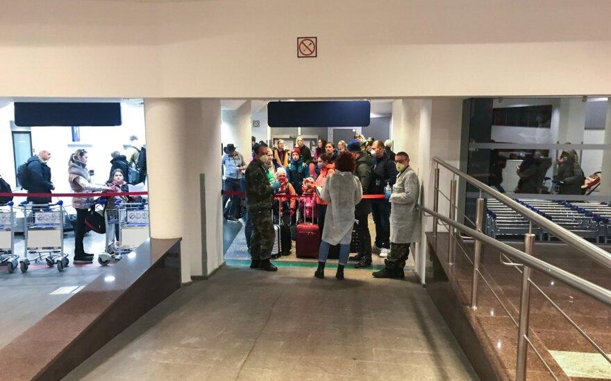 Keleivių pasitikimas Vilniaus oro uoste