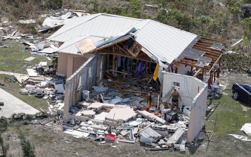 """Ураган """"Дориан"""" движется в сторону Канады"""