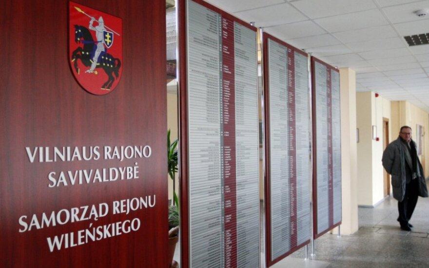 """""""Nie, dla segregacji narodowej prowadzonej przez AWPL"""". Protest przeciwko zamykanej litewskiej szkole"""