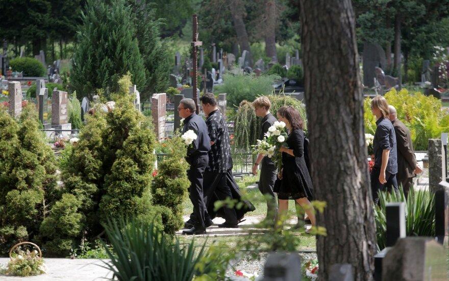 Almanto Vaišnio laidotuvės