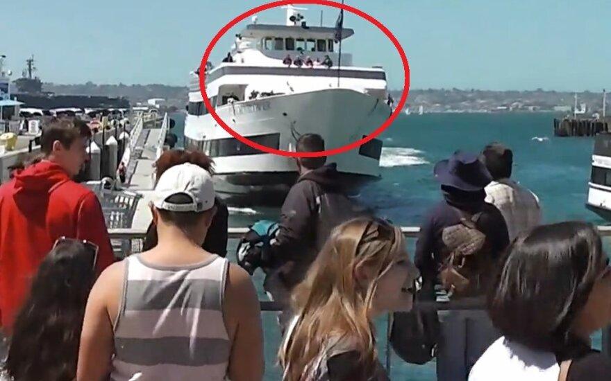 Statek zaparkował