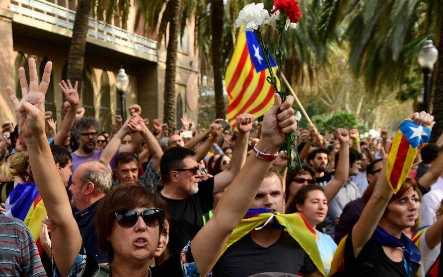 Мадрид: кризис в Каталонии обошелся в 1 млрд евро