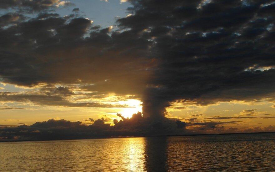 """Гигантский """"остров"""" из пемзы обнаружен в Тихом океане"""