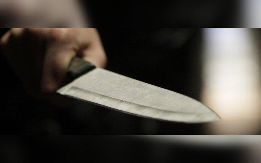 В Шяуляй нетрезвый белорус крушил общежитие и ранил ножом украинца