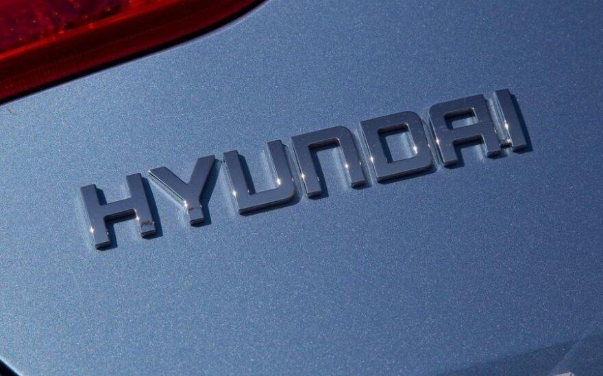 Hyundai готовит совершенно новый заднеприводной седан