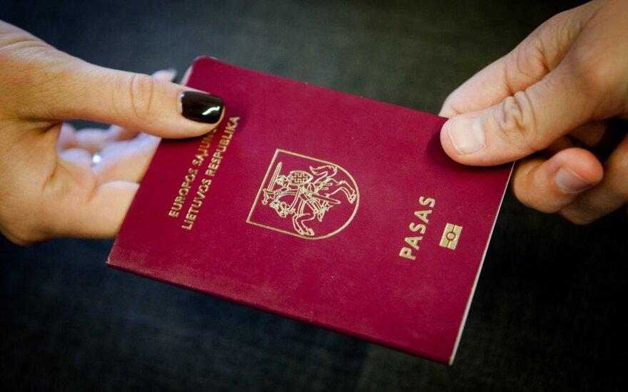 В Литве обратились за экспертной помощью по поводу написания фамилий