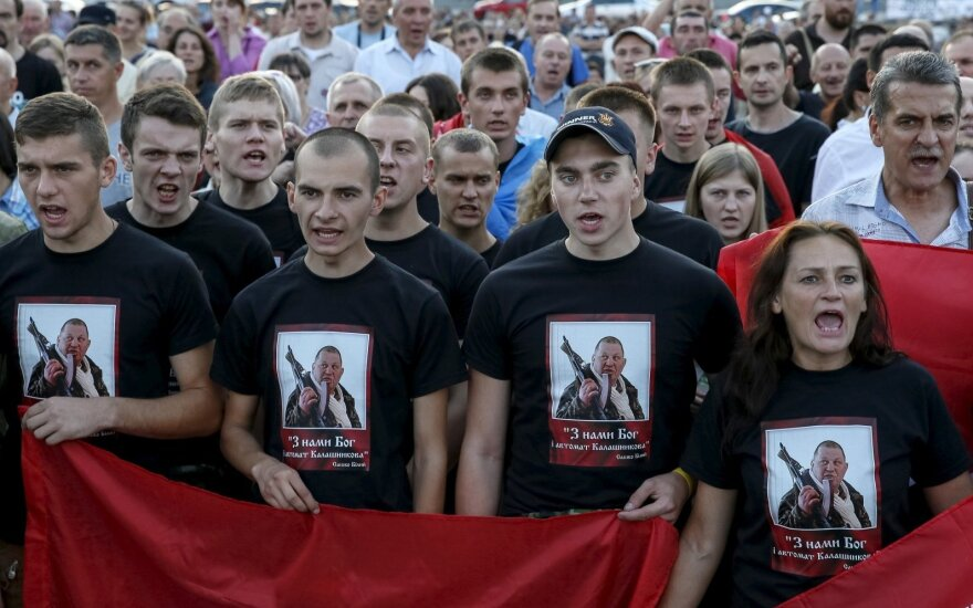 """Ярош: """"Правый сектор"""" превратится в """"национально-освободительное"""" движение"""