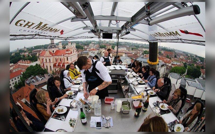 "Dangaus restoranas ""Dinner in the Sky"""