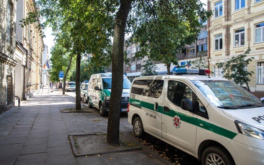 В помещении комиссариата в Вильнюсе мужчина принес муляж гранаты: сотрудники были эвакуированы