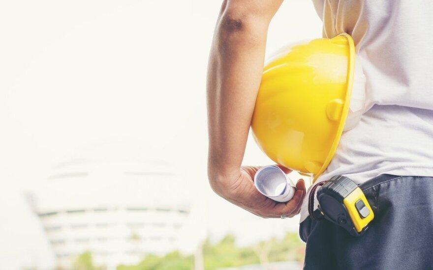 Глава строительной компании в Литве: все труднее найти работников из Украины
