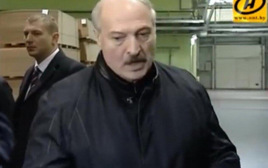 Лукашенко очень напрягает происходящее в Украине