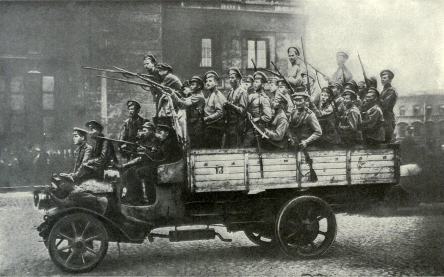 Ученые вычислили минимальную численность революционеров для успешного переворота