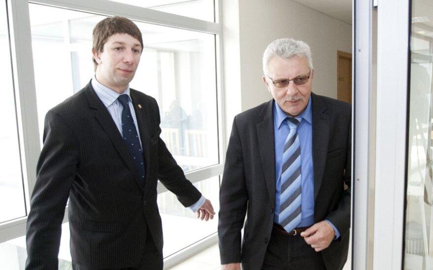 Antanas Nedzinskas, Algimantas Salamakinas